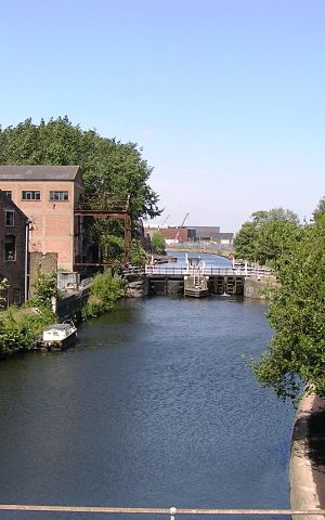 Lee Valley Canal prior to redevelopment