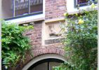 Cartouche on house in theJordaan District